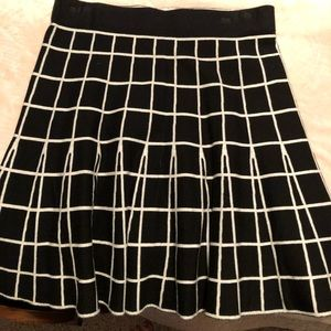 Sz small loft sweater skirt